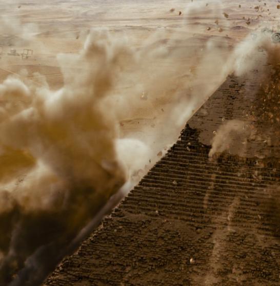 transformers-pyramid-explosion-95105.jpg  1920×1080