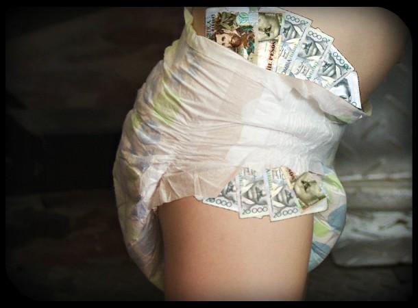 2eb4e7603dea9ec4ee094a1d8267580b_diaper